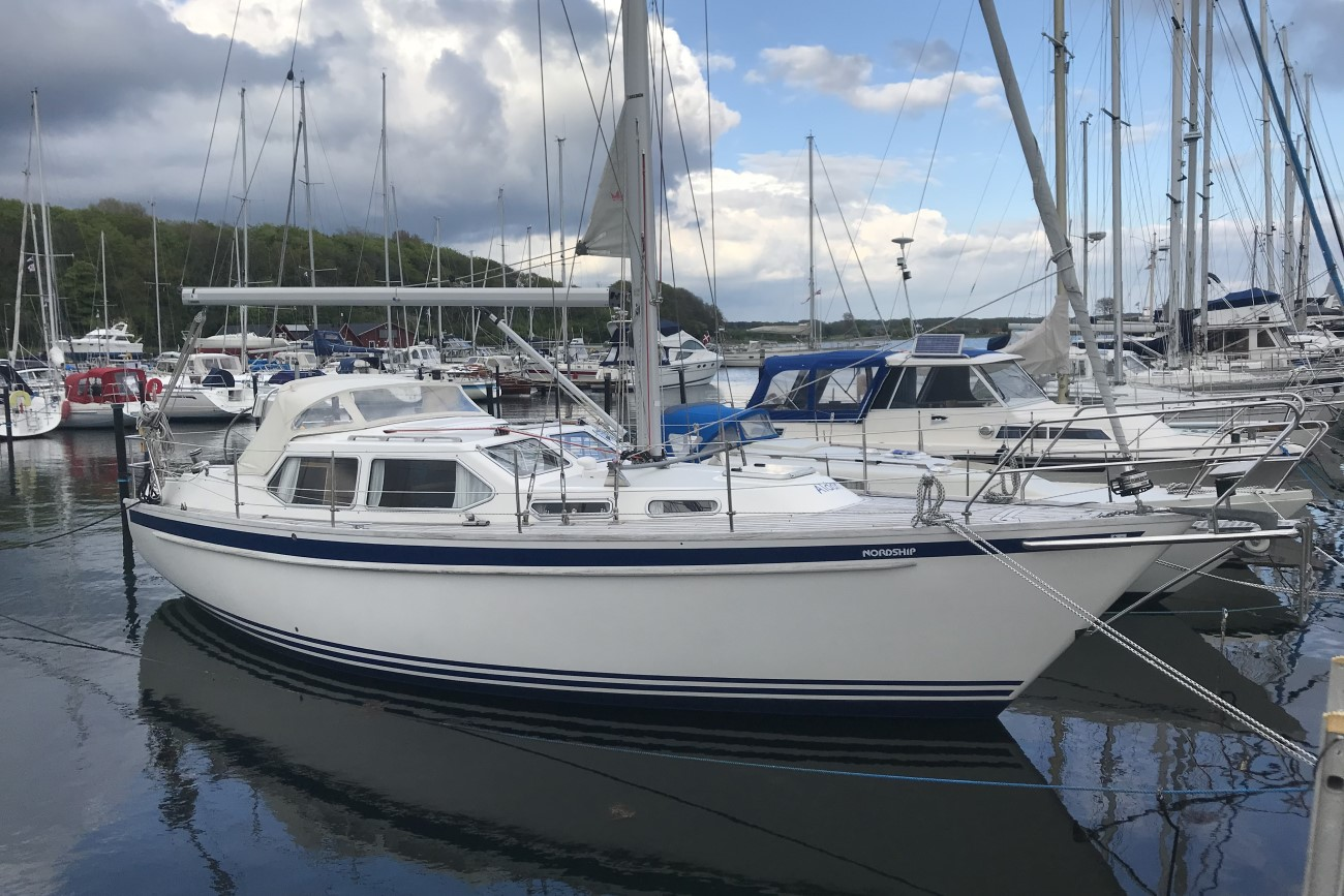 pre-owned yacht