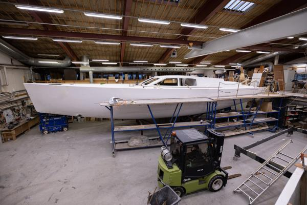 The deck is fitted on the Nordship 570 DS hull